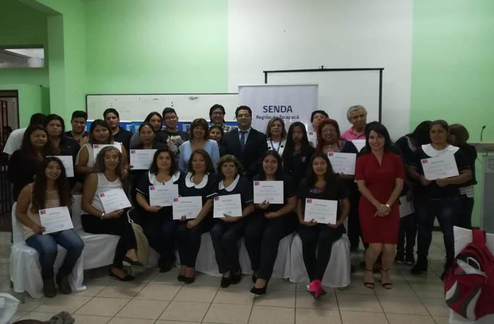 Certifican a estudiantes del Liceo Técnico Profesional de Adultos en programa de prevención