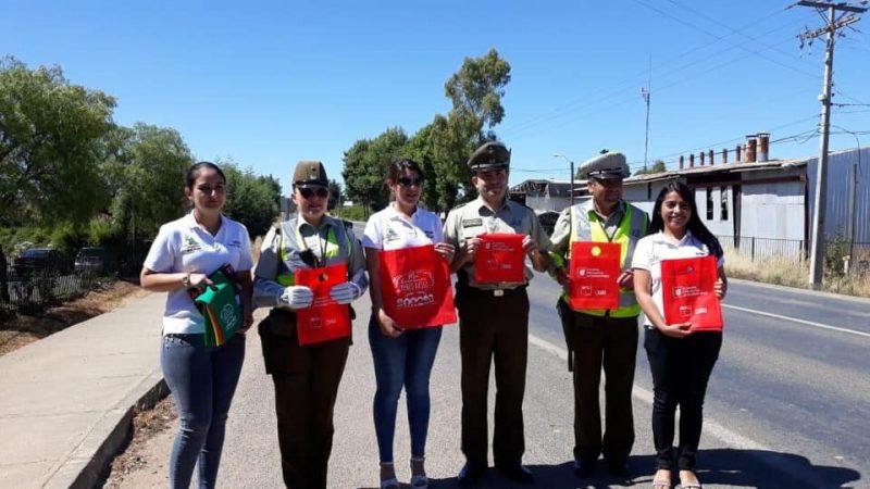 SENDA Previene Cauquenes entregó mensajes preventivos a conductores para estas fiestas de fin de año