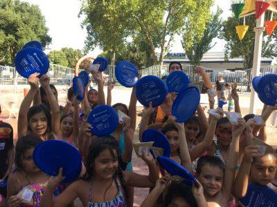 En juegos de agua de la alameda de Talca el SENDA Previene dio el vamos a la campaña de verano