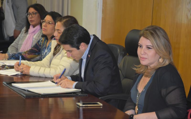Gobierno y Hogar de Cristo comprometen esfuerzos para avanzar en el proyecto Anawin