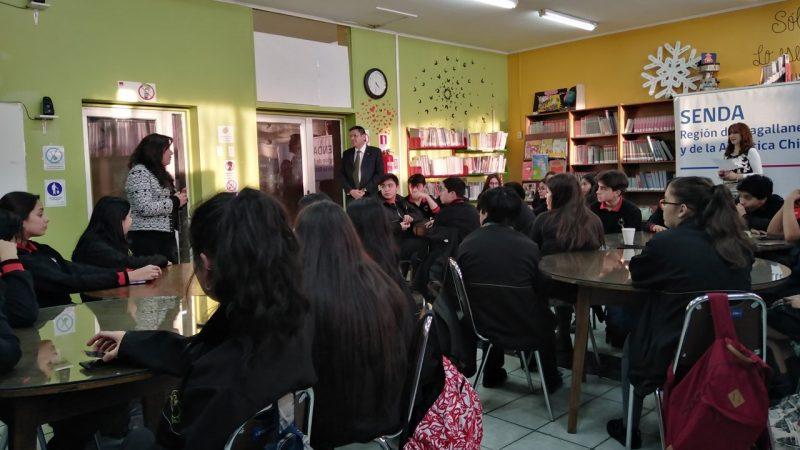 ESTUDIANTES PARTICIPARON DE CONVERSATORIO PARA CONMEMORAR EL DÍA INTERNACIONAL  DE LA PREVENCIÓN