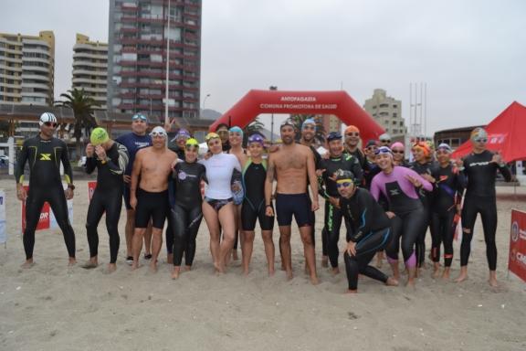 """Más de 60 Nadadores de todas las edades compitieron en """"Travesía Náutica Pacífico Senda 2019"""""""
