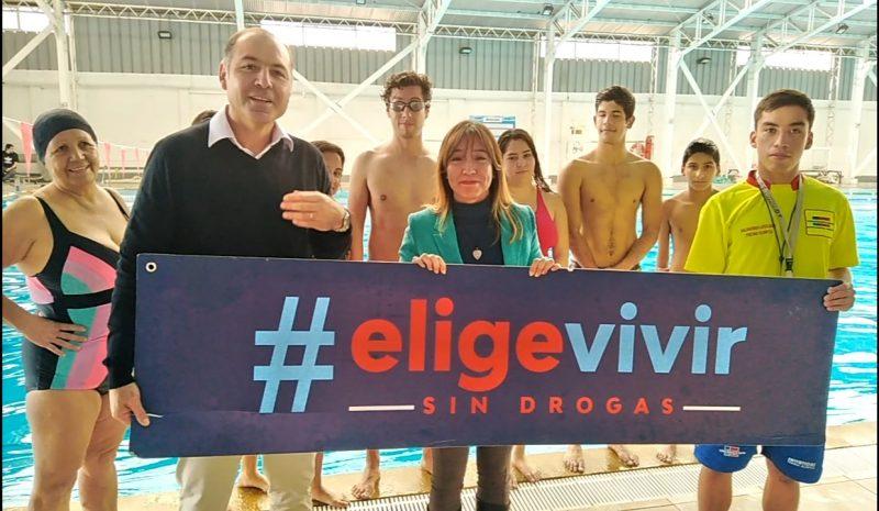 """SENDA y MINDEP lanzan concurso """"Mi colegio Elige Vivir sin Drogas"""" que entregará más de un millón de pesos en implementación deportiva"""