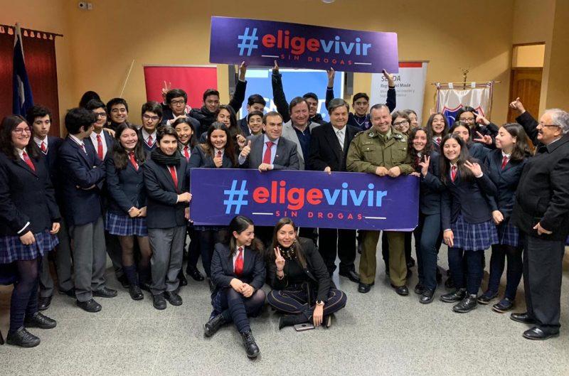 Autoridades conversan sobre drogas con escolares de Liceo Bicentenario para conmemorar Día Internacional de la Prevención