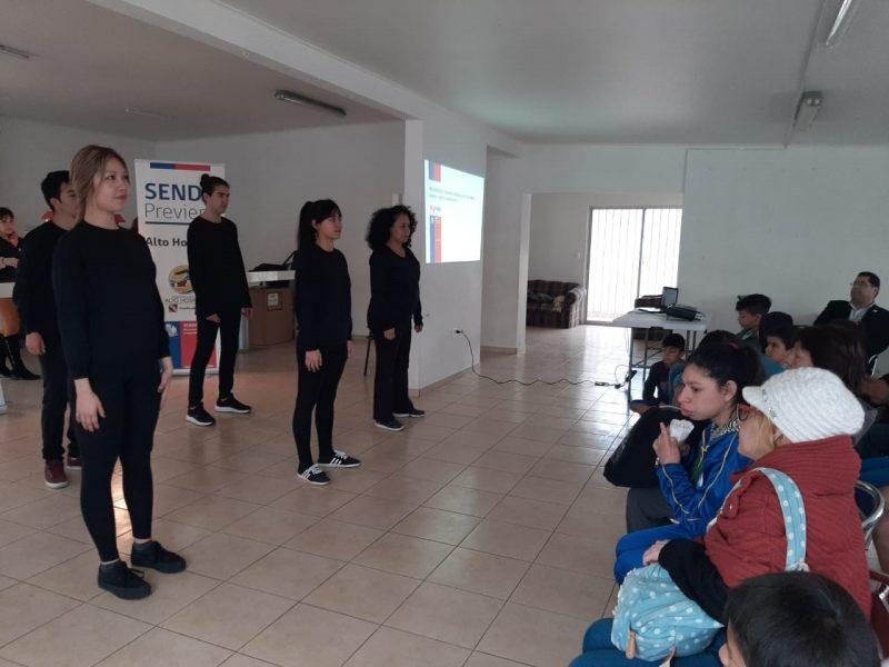 Con  obra de teatro promueven prevención del consumo de drogas en sector El Boro de Alto Hospicio