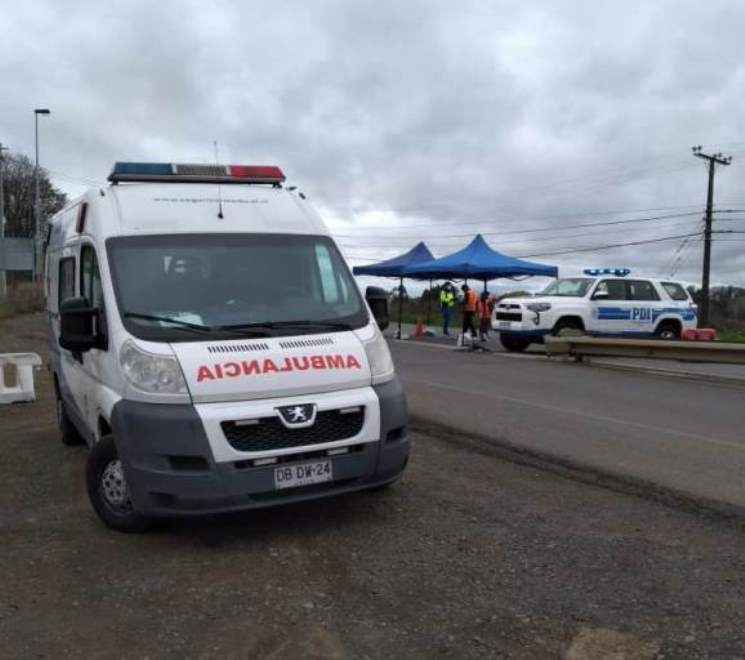 SENDA Los Lagos facilita ambulancia Tolerancia Cero y equipo médico en apoyo a la emergencia sanitaria